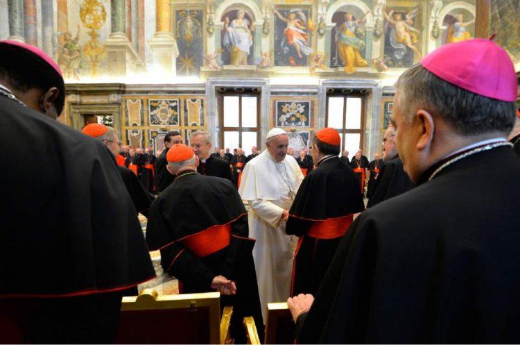 Giáo hoàng giáo triều diễn văn