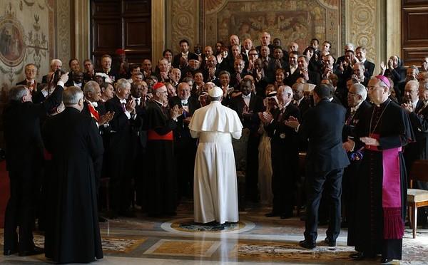Đức Phanxicô với các ngoại giao đoàn tại Vatican