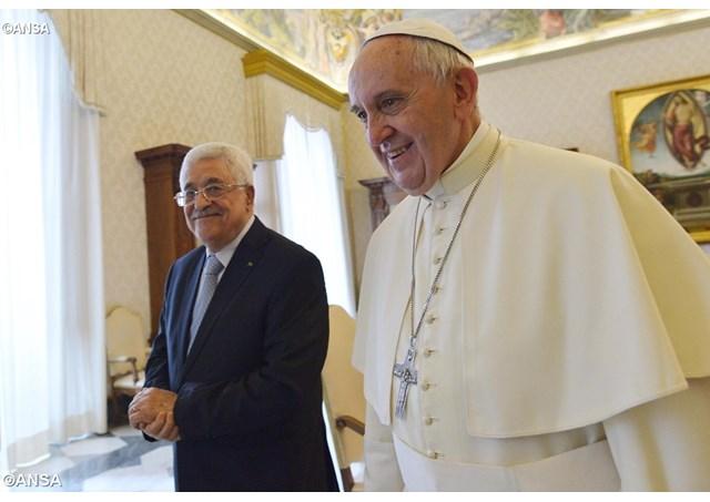 Giáo hoàng và tổng thống Palestine bày tỏ hi vọng về hòa bình
