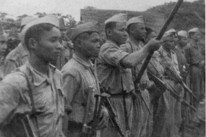 Quân du kích Pathet, chịu trách nhiệm cho cái chêt tử đạo của Mario Borzaga và Paul Thoj Xyooj ở Lào, vào tháng 4, 1960
