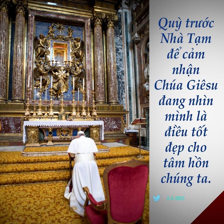 Tweet của Giáo hoàng Phanxicô 5-5-2015