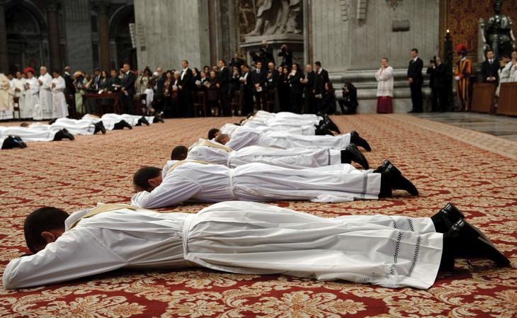 VATICAN-POPE-ORDINATION-PRIEST