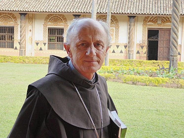 Entretien-avec-Mgr-Bonifacio-Reimann-Evangelisation-et-culture-avancent-ensemble_article_popin
