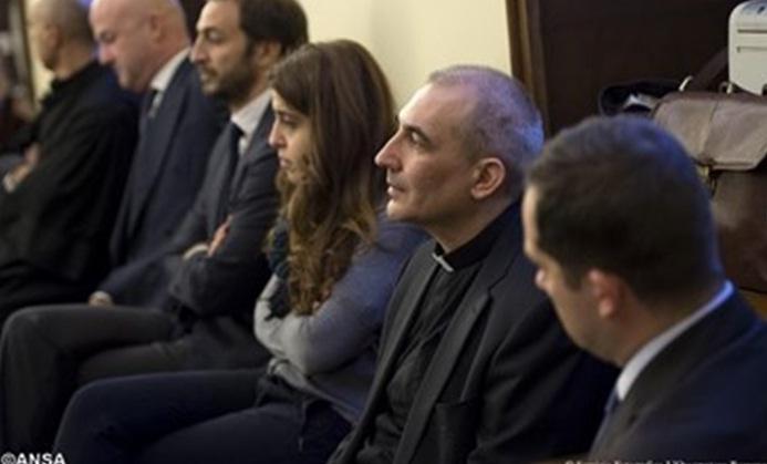 Vụ án Vatileaks 2 được mở ra ở Vatican với sự hiện diện của năm bị cáo