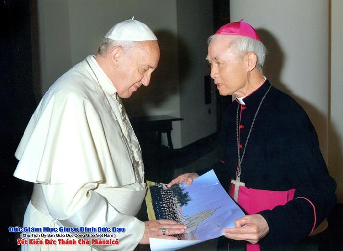 Giám mục Đinh Đức Đạo