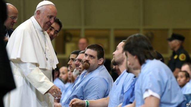 Đức Phanxicô thăm các tù nhân ở nhà tù Curran-Fromhold, Philadelphia ngày 27 tháng 9-2015.