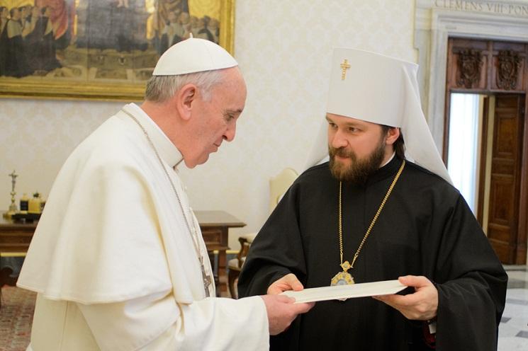 Đức Phanxicô gặp Tổng giám mục chính tòa Hilarion của Volokolamsk, trưởng ban Đối ngoại Giáo hội của Tòa Thượng Phụ Matxcơva