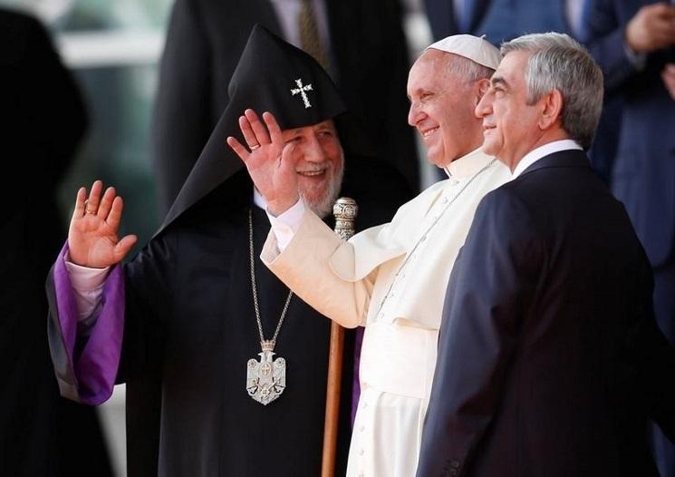 Đức Giáo hoàng với tổng thống và thượng phụ Armenia