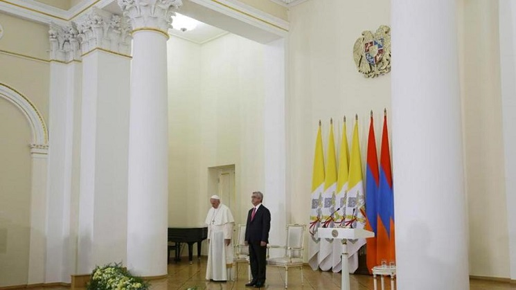 Pope with President Armenia