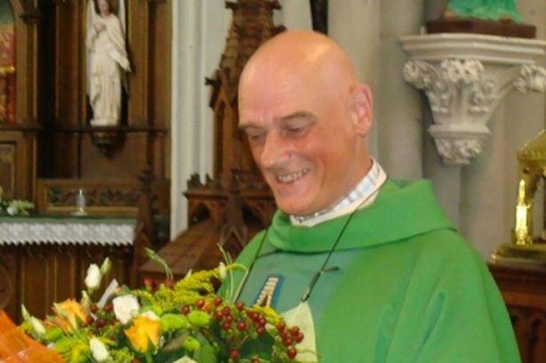 linh mục công giáo Jos Vanderlee
