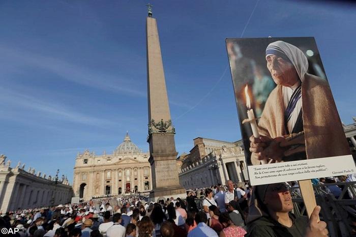 Lễ phong thánh Mẹ Teresa 20160904