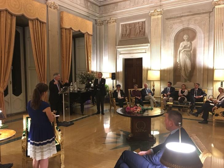 l-ambassadeur-france-saint-siege-philippe-zeller-presente-ambassade-action-deputes-francais-lundi-26-septembre-villa-bonaparte-rome_0_730_547